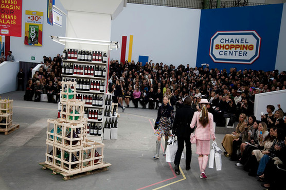 chanel_supermarket_fw2014870870.jpg