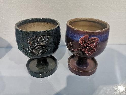 Pair 3D Flower Hand Painted Medium Ceramic Succulents Pots Gloss Glaze go