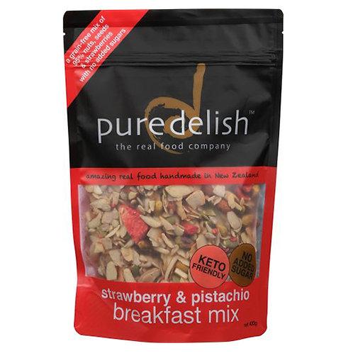 strawberry & pistachio breakfast mix