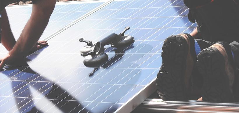 Installatie van het zonnepaneel