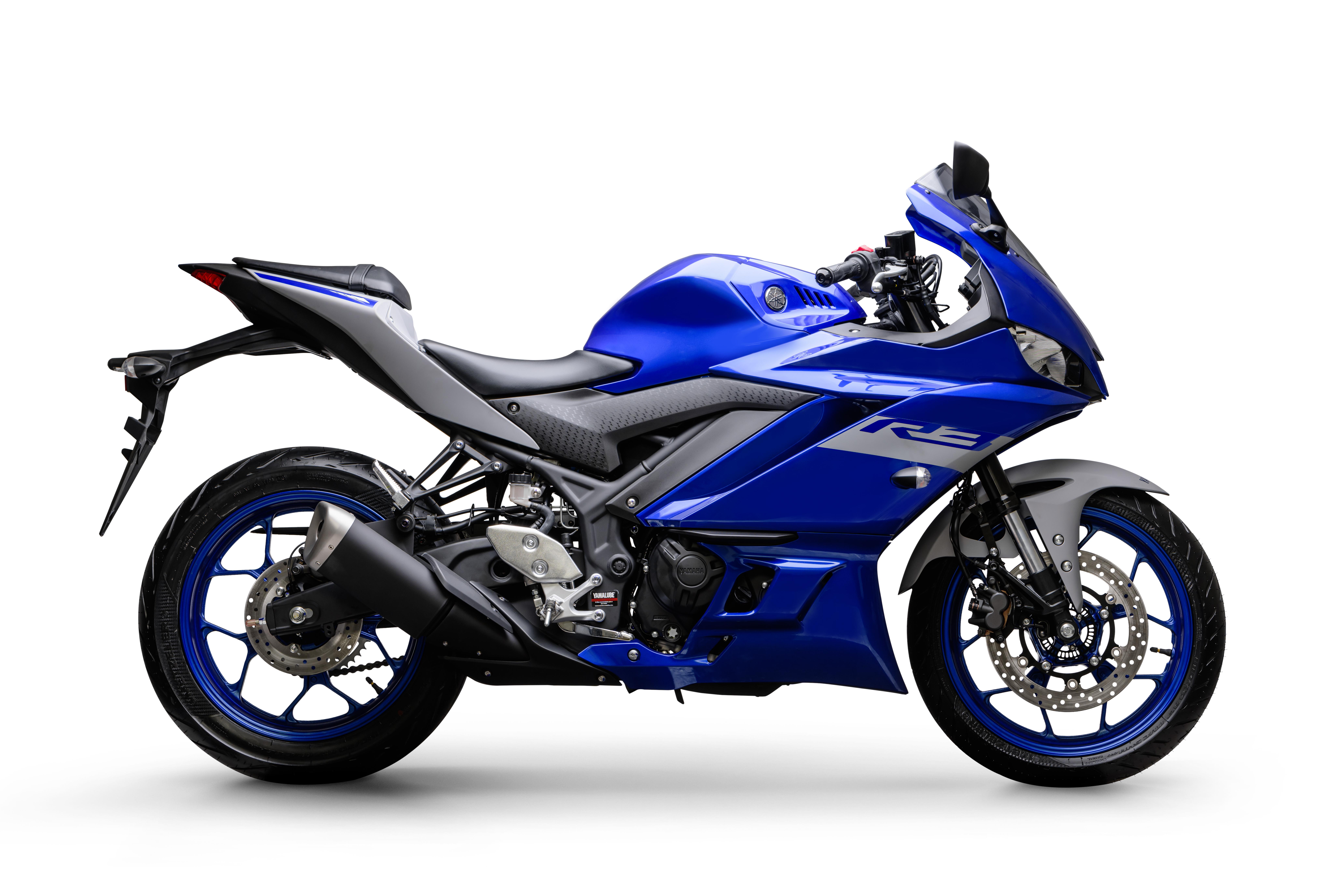 2020_R3_RACING_BLUE_LATERAL_DIREITA
