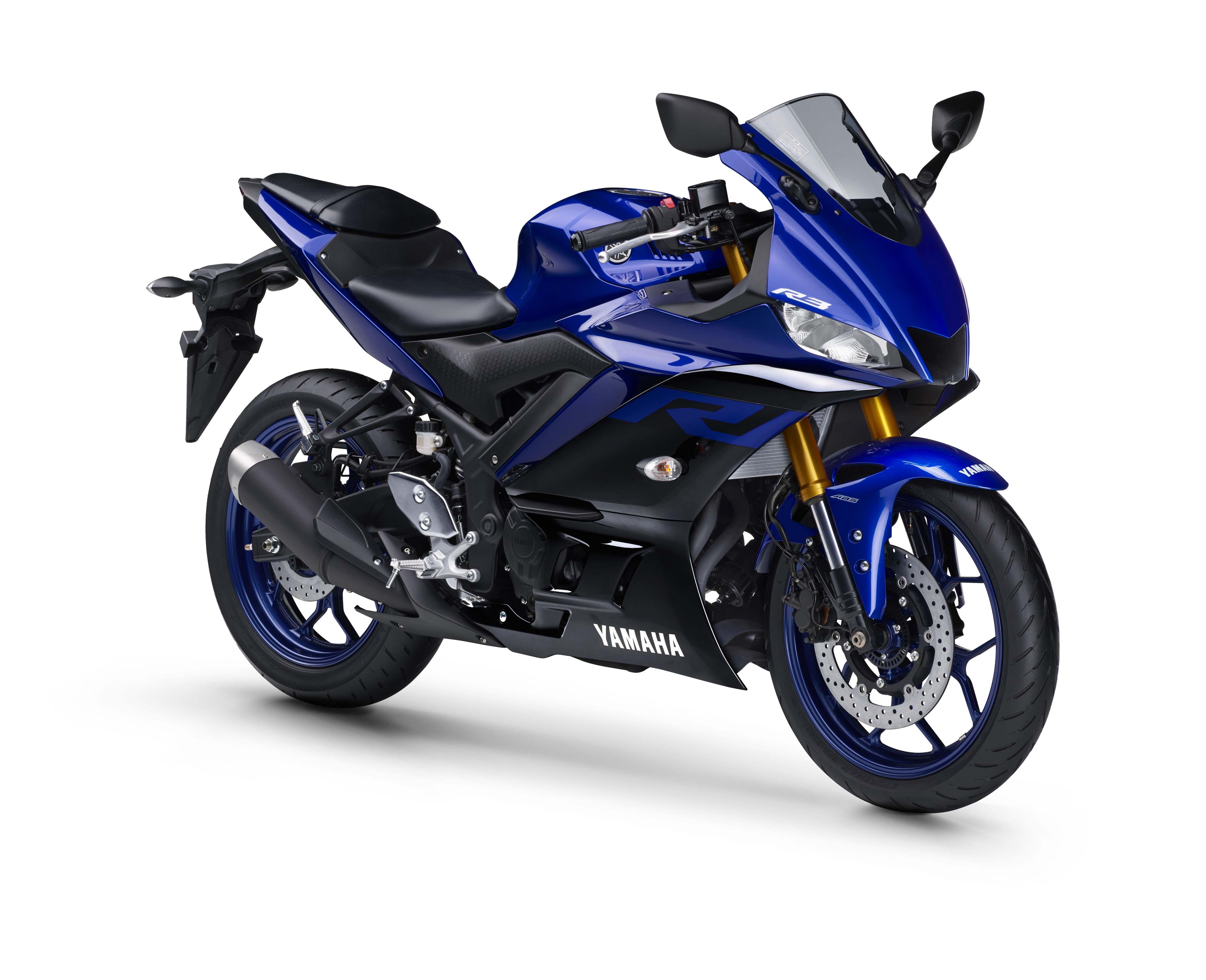 2020_R3_3-4_direita_racing_blue