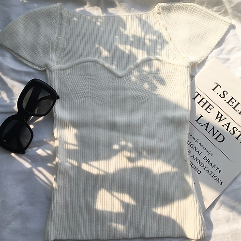 White short sleeve knit
