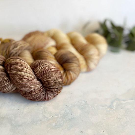 Caramel Macchiato Fade - Merino Sock 100g skeins