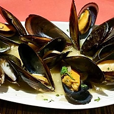 Muscheln in Weisswein Sauce