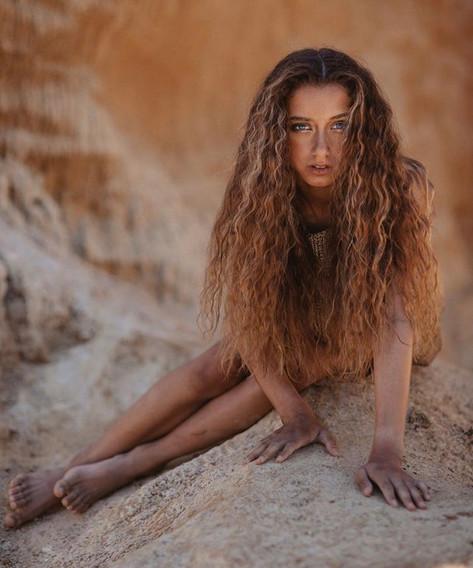 Photographer: Mira Levina Stylist: Nathalie Anne