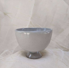footed ceramic off white bowls