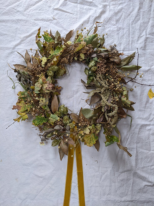 Full dried wreath - Gold (Postal delivery option)