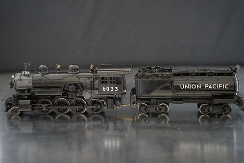 PACFIC FAST MAIL UNION PACIFIC 2-8-0 #6033 CUSTOM PAINTED EXCELLENT