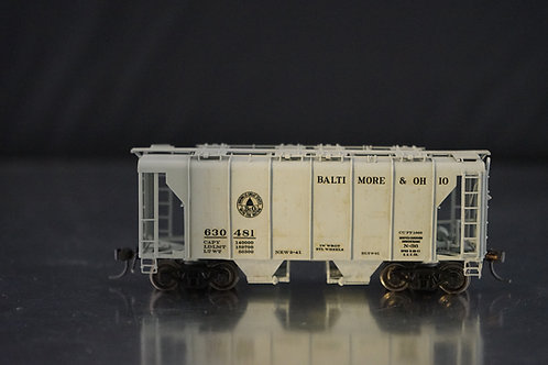 OVERLAND MODELS BALTIMORE & OHIO N-34 WAGON TOP COVERED HOPPER C/P EXCELLENT