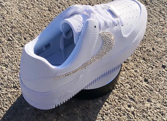 Bling Nike signs with Swarovski