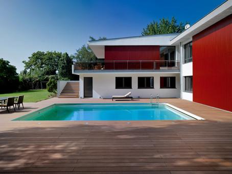 La construction d'une terrasse en bois composite