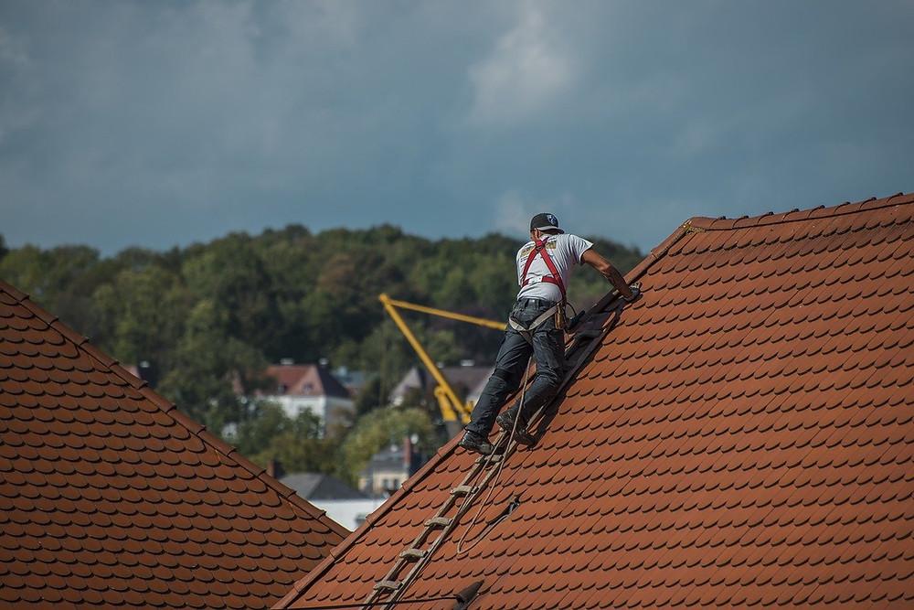 entretien de toiture en tuile