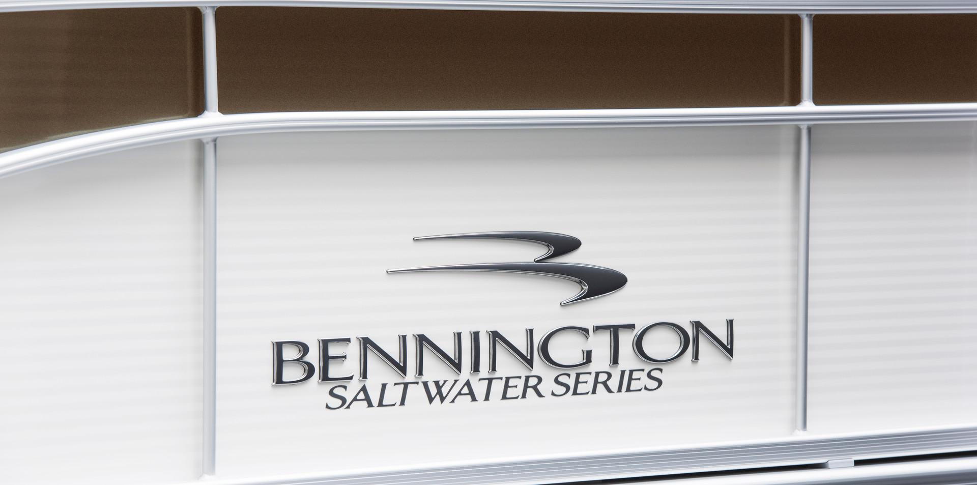 23 SSLX #8895 - Salt Water Pontoon Boats