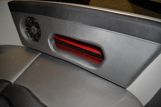R590 X-Rider Storage options