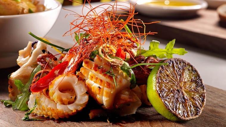 Thai-spiced squid curls