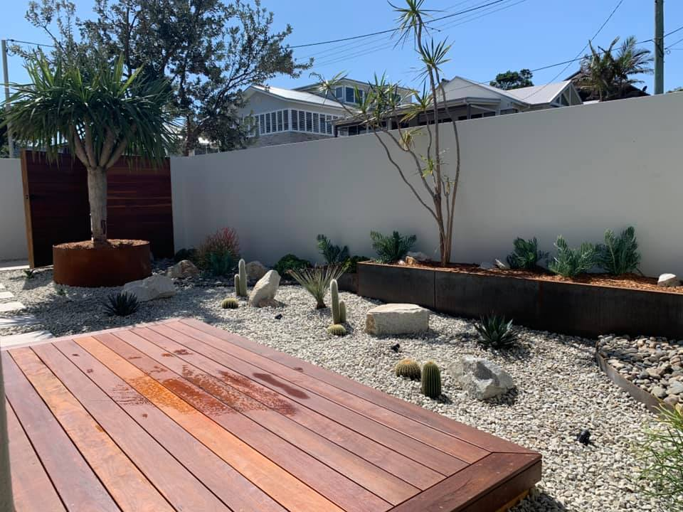 Tropic Oasis Garden