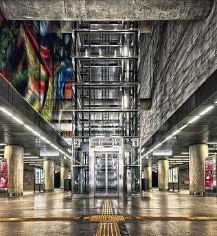 elevator-5092073_1920.jpg