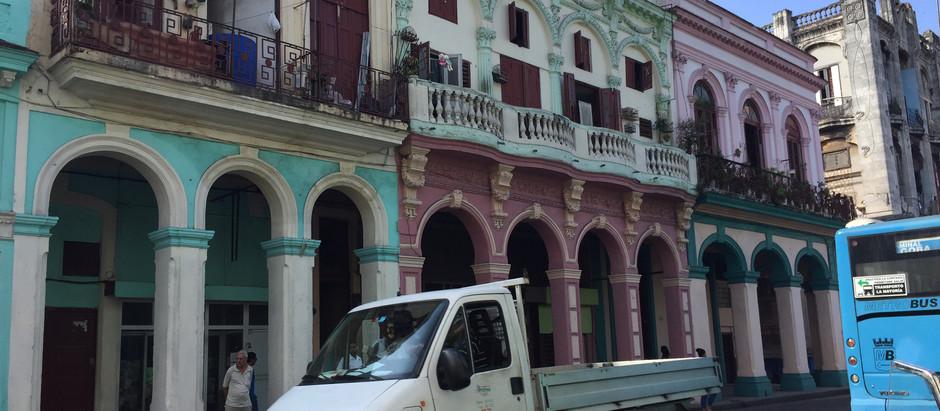 Cuba. . .the architecture.