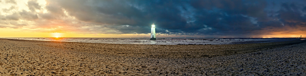 Point of Ayr Lighthouse, Day-to-Night Panorama