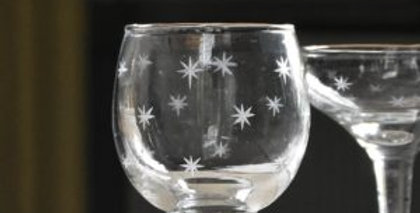 Set of two Etched Star Red Wine Glasses - available in sets of 2 & 4