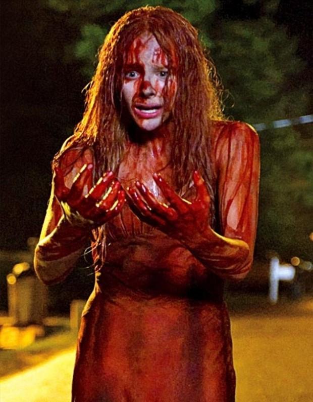 Carrie-onder-het-bloed-620x794.jpg