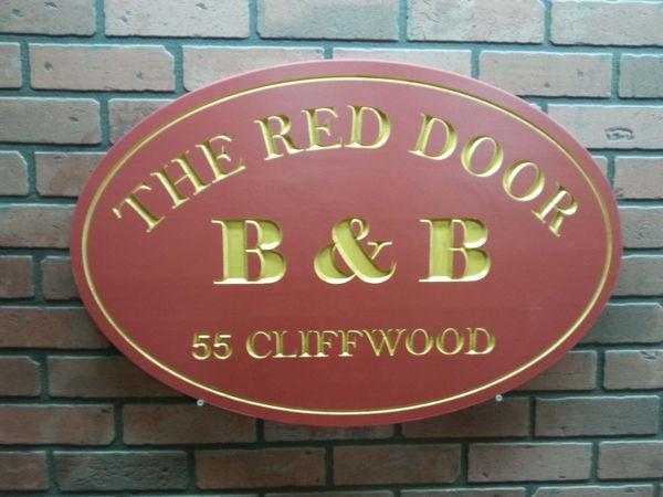 B&B wooden signs
