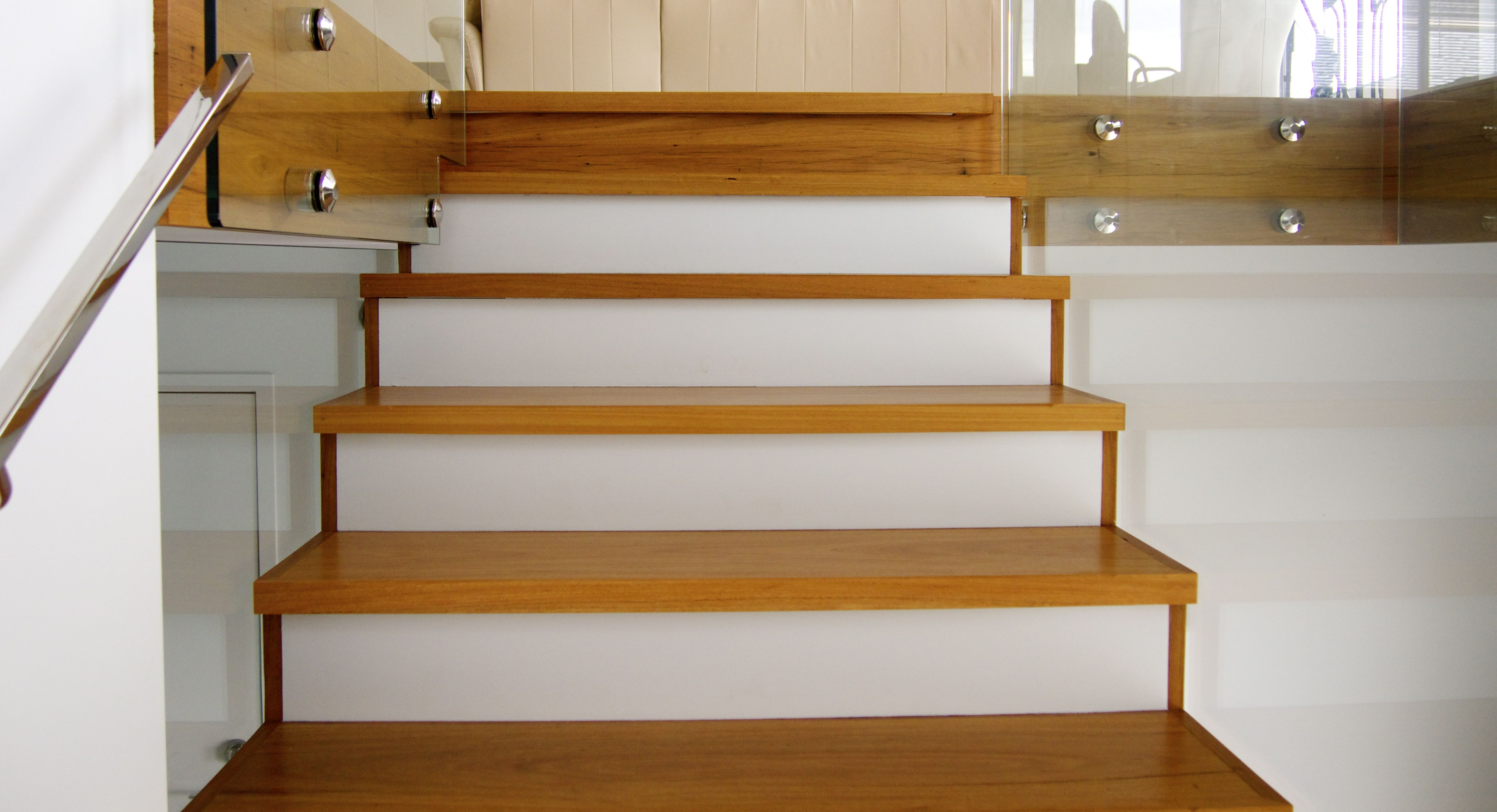 Steps, stairs & treads