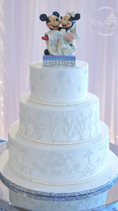 Winter Wedding Cake with Snowflakes, Icy