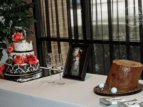 Tree stump and Golf Ball Groom's Cake