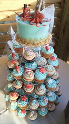 Beach Wedding Cupcakes with Chocolate Shells