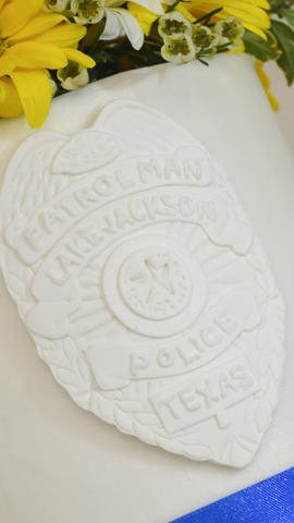Top Tier with Policeman's Badge for Blue and Yellow Wedding Cupcakes with Rose Swirl