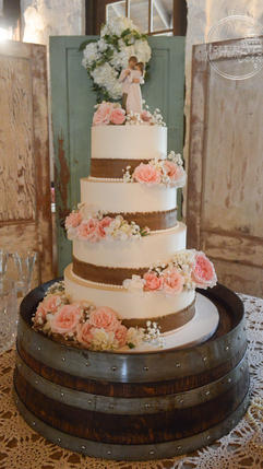 Shabby Chic Wedding Cake with Edible Burlap and Fresh Flowers
