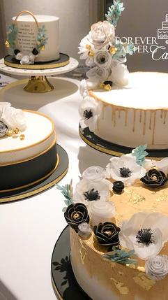 22 Gold and black cluster cake (5).jpg