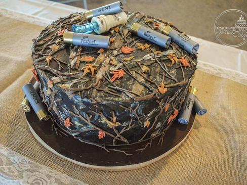 Mossy Oak Groom's Cake