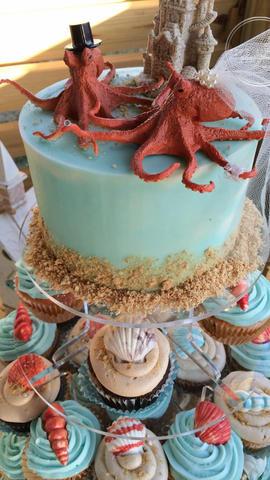 Beach Wedding Cupcakes with Chocolate Shells