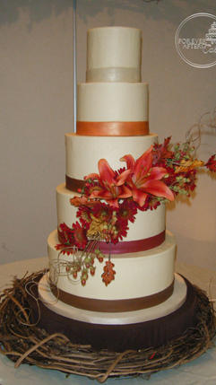 Fall Colored Wedding Cake with Side Spray
