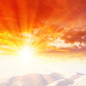 Snowy Berg Sonnenuntergang