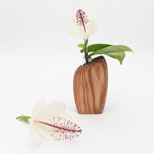 Skini Mini Bud Vase | Blush Dyed Red Oak