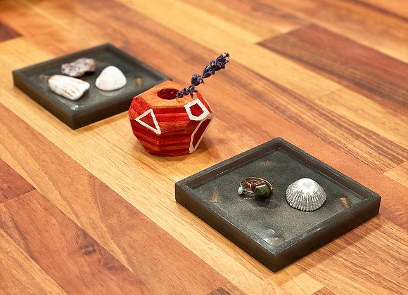 Coaster / Tray Set (2) | Dark Grey Resin + Mango Wood Shavings