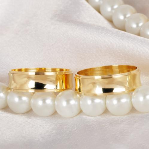 Par de Alianças de Casamento em Ouro 14K Côncava 5,5 mm