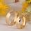 Thumbnail: Par de Alianças de Casamento em Ouro 14K Tradicional 6 mm