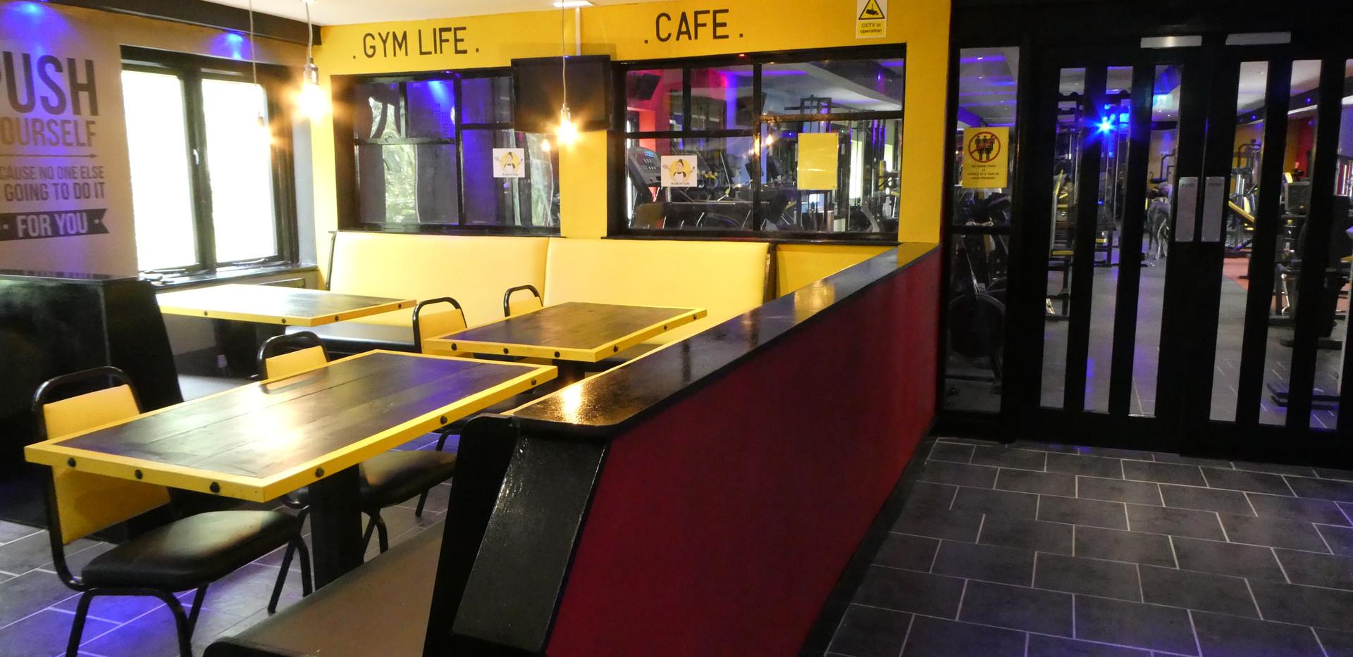 Entrance Foyet/Cafe