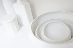 Isabelle de La Touche - swiss artist painter - Vaud - artistic inspirations - white bowls