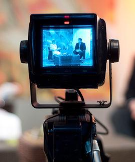 shutter_56971396-tv-broadcast-interview-