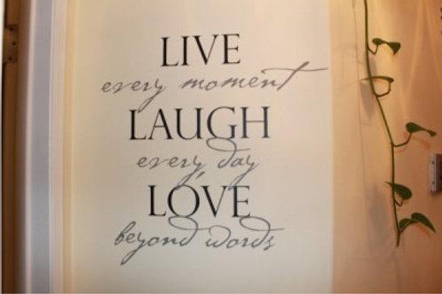 live moment