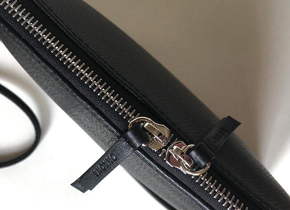 Mom black - černá stříbrný zip