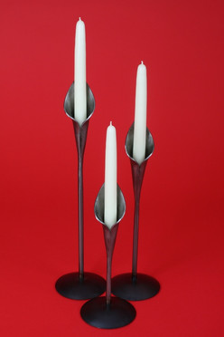 Single lily candlesticks