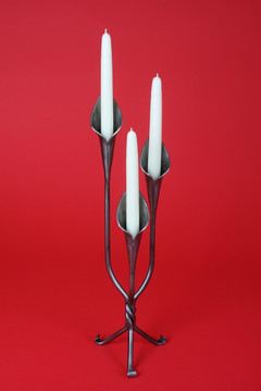 "20"" triple lily candlestick, forward facing."