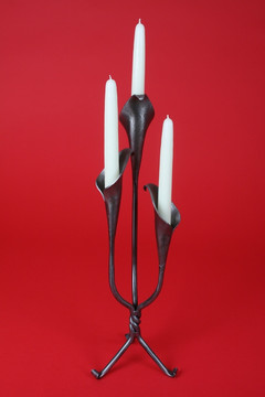 "20"" triple lily candlestick, outward facing"